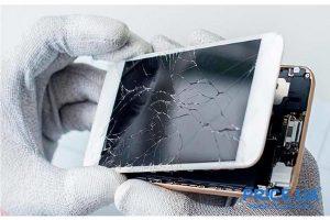 Помогает ли защитное стекло при падении смартфона