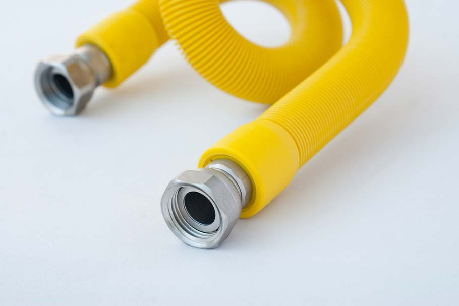 Резиновый шланг для газовой плиты. Шланг для газовой плиты: какой лучше, максимальная длина изделия. Как правильно выбрать газовый шланг.