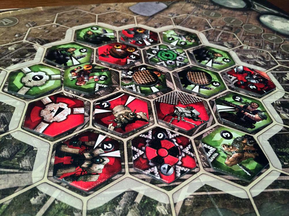 Играть в карточную игру преферанс