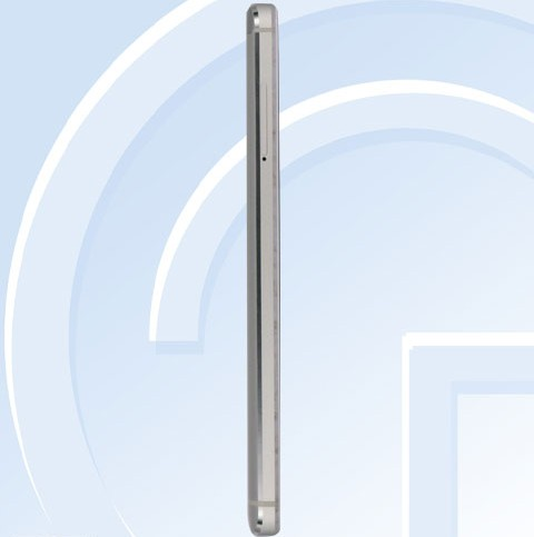 Xiaomi Redmi 4 слева