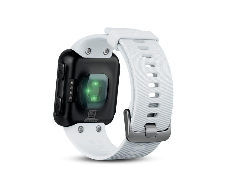 Garmin Forerunner 35 оснащены GPS И датчиком сердечного ритма