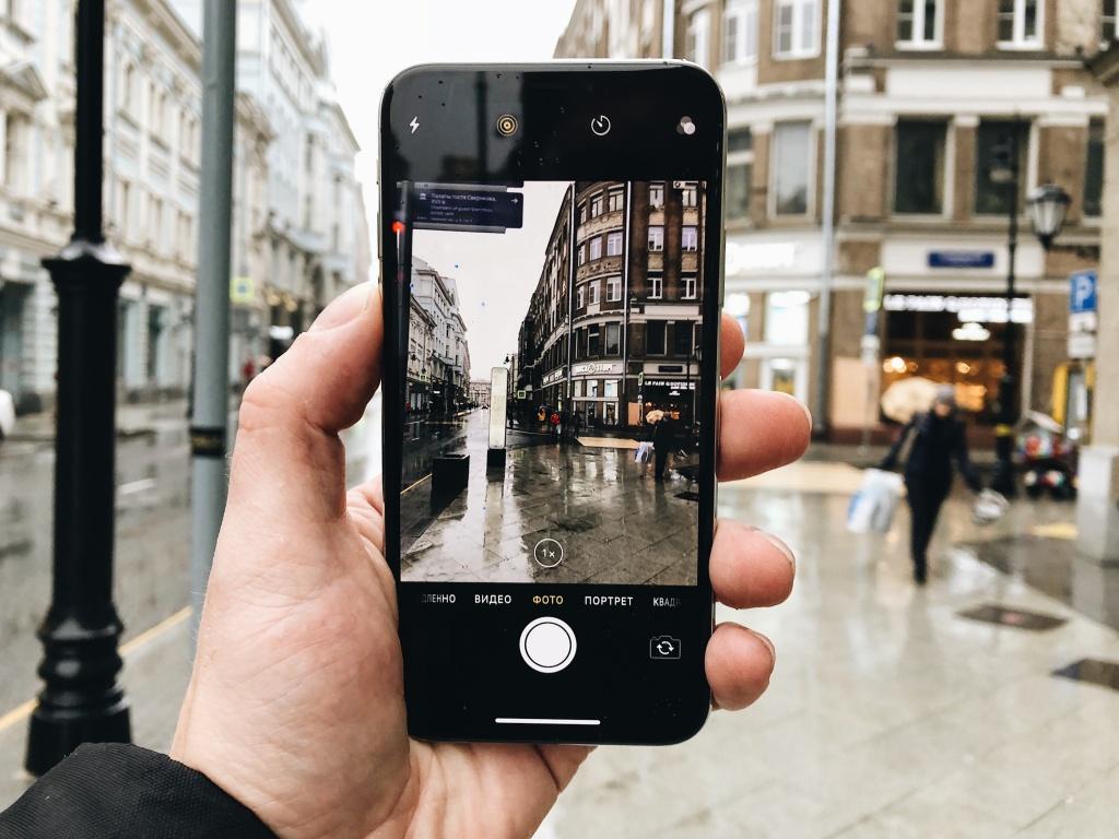 этот момент у какого смартфона лучше фотосъемка проживаем