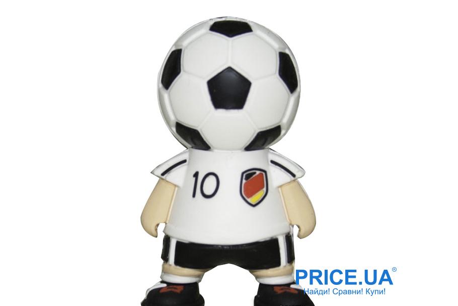 Что подарить Новый год другу: несколько идей. Прикольная флешка Verico Football Germany