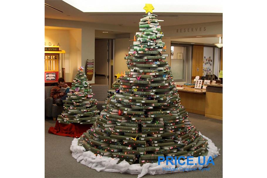 Идеи декора  офиса к новогодним празникам. Книжная елочка