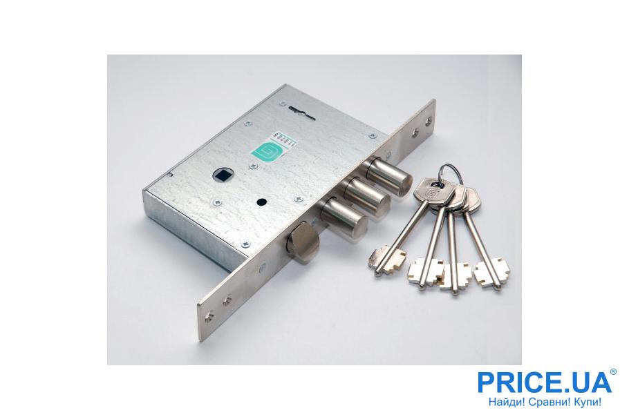 Как решить проблему, если застрял в замке ключ?