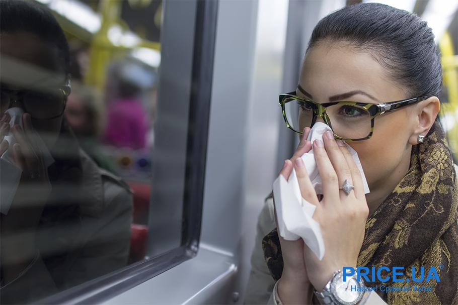 Путешествие поездом: что важно знать.  Влажные салфетки маст хэв