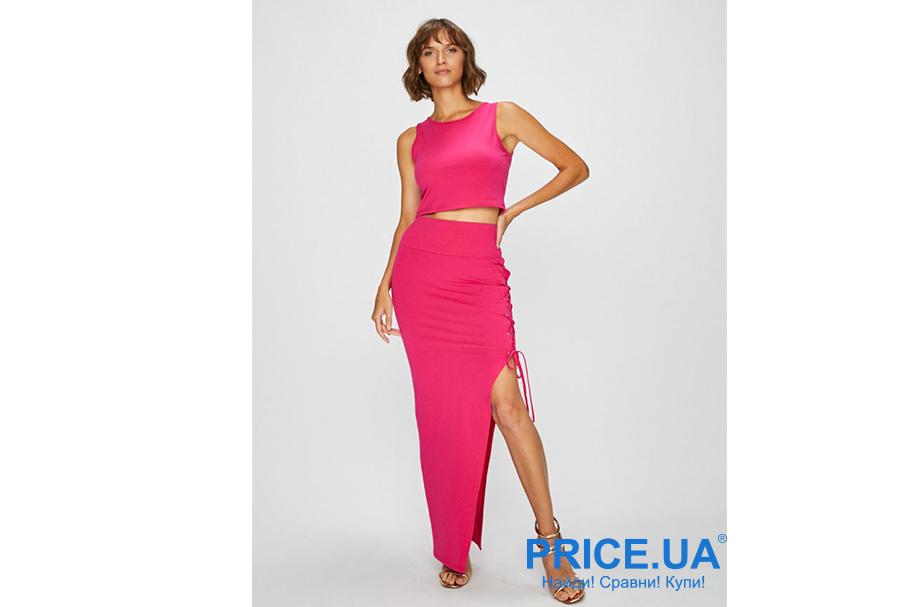 Модные тренды 2019. Яркие платья и костюмы