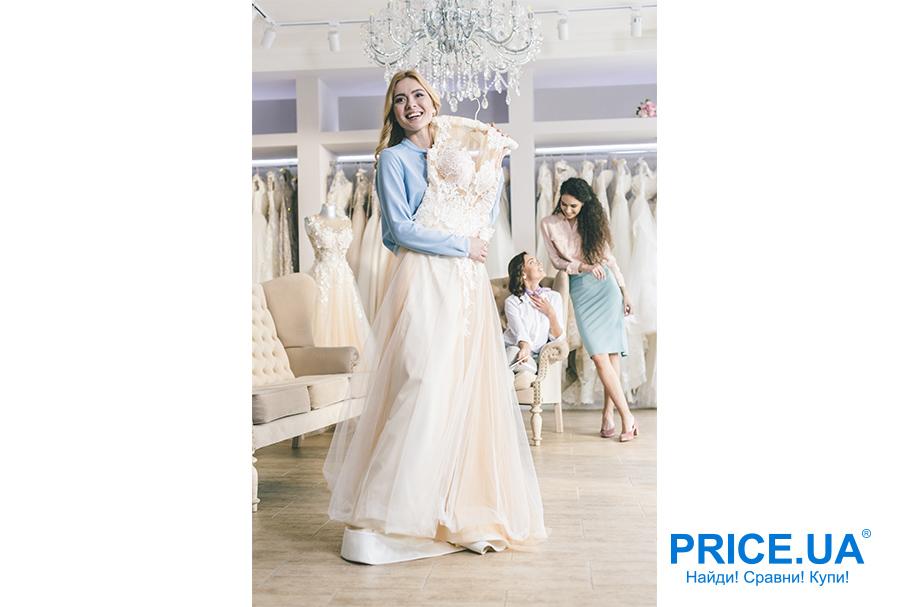 Свадебная мода 2019: тренды. Кремовое платье
