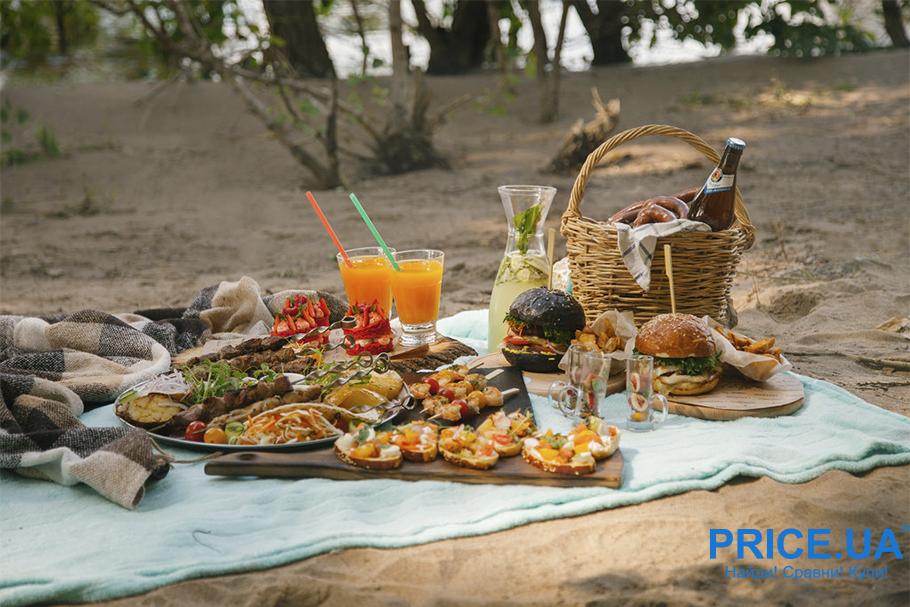 Летний отдых у речки: что прихватить для комфорта? Подготовка еды на целый день
