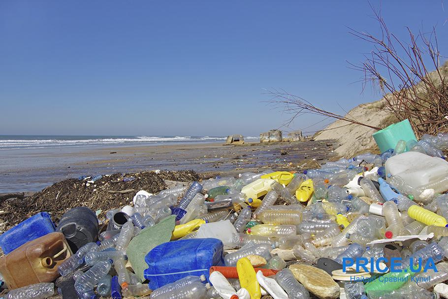 Спасаем планету. Как отказаться от ненужного пластика: загрязненный пляж