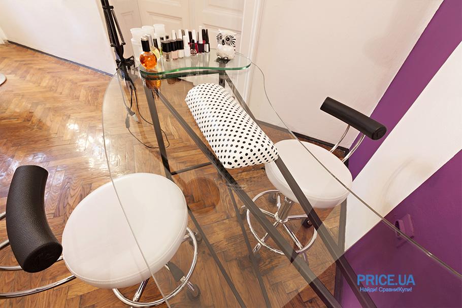 Какая мебель нужна мастеру маникюра: стул