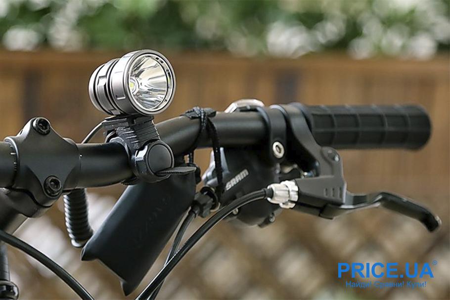 Список вещей, которые нужны для длинной велопрогулки. Фонарь