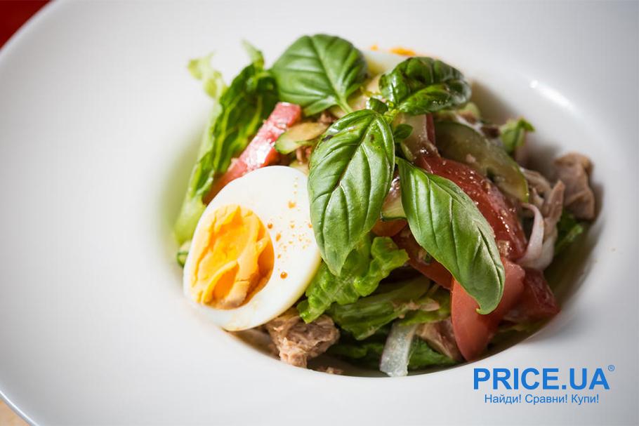 Крутые рецепты салатов с клубникой. Клубника + тунец