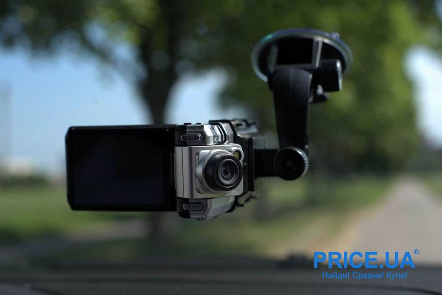 Что подарить на День автомобилиста: видеорегистратор